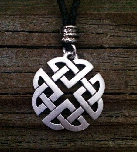 box silver on with moonstone watches chain pendant celtic jewelry product necklace knot inch cgc sterling trinity