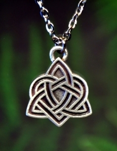 Celtic Eternal Heart Necklace Fine Pewter