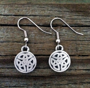 Small Round Celtic Knot Pewter Earrings