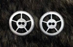 Steampunk Gear Buttons in fine Pewter