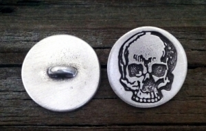 "Yorick's Skull Pewter Shank Button 5/8"" 3/4"" & 1"""