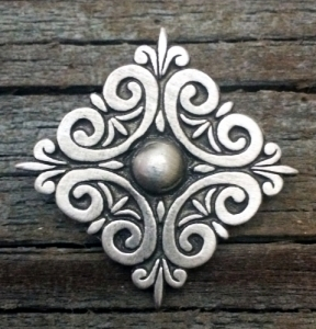 Scroll Pewter Pin