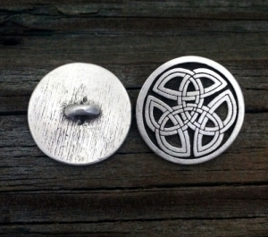 Round Celtic Tri Knot Pewter Shank Button