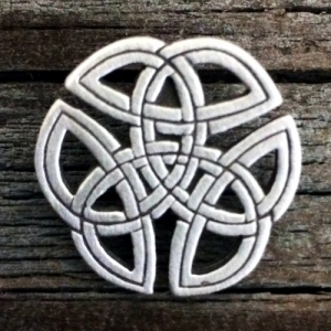 Small Celtic Knot-Work Pin