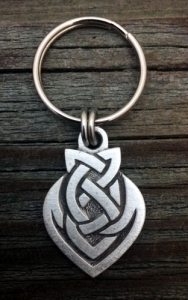 Celtic Brothers Knot Pewter Keychain