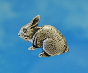 Small Rabbit Pewter Shank Button 7/8 Inch (22 mm)
